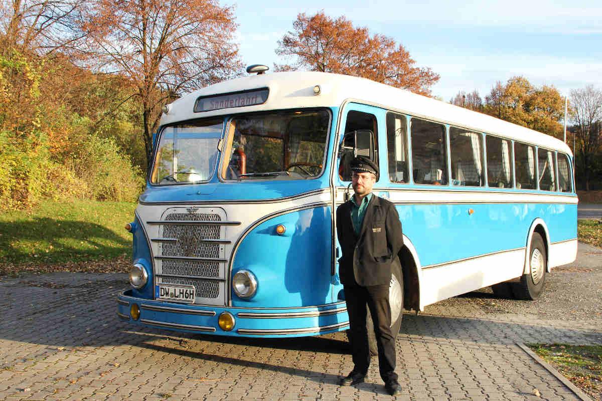 oldtimerbus h6 bus mieten f r hochzeiten und stadtrundfahrten. Black Bedroom Furniture Sets. Home Design Ideas