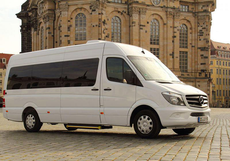 vip mercedes limobus mieten f r hochzeiten und events in dresden. Black Bedroom Furniture Sets. Home Design Ideas
