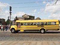 Amerikanischer Schulbus on Tour