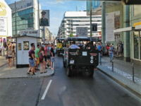 Checkpoint Charlie Bustour